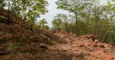 De weg van Kédougou naar Labé. Foto van www.edvervanzijnbed.nl