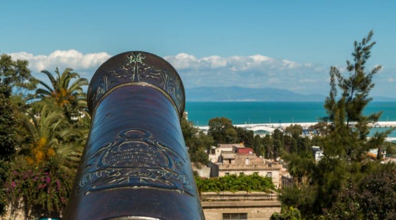 Vroeger vlogen de kanonskogels tussen Tanger en Tarifa heen en weer.