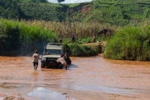 Tussen Gembu en de grens met Kameroen / Nigeria