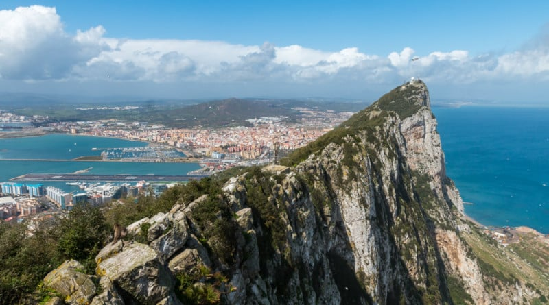The Rock of Gibraltar, home of an English Wanker - www.edvervanzijnbed.nl